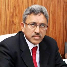 Prof. Dr NIsar Ahmad (Consultant Hematologist)